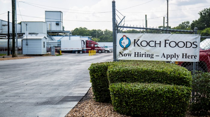 This Mississippi Chicken Plant Just Held a Jobs Fair to Replace Workers Snatched Up by ICE