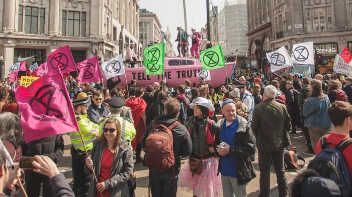 Groep die XR 'extremistisch' noemde blijkt gefinancierd door de energiesector.