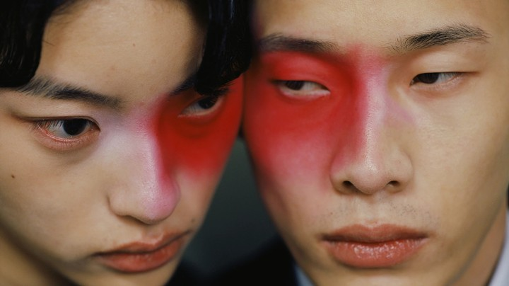 photographer leslie zhang is rejecting european ideals in fashion photography