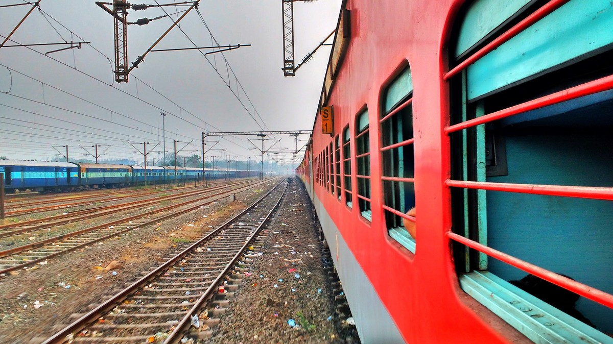 Single-Use Plastics Will Soon Be Banned On All Indian Trains and Stations