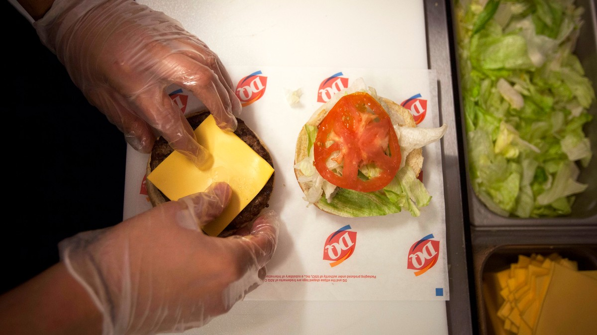 There's 'Little to No Chance' Dairy Queen Is Serving Human Meat, Coroner Says