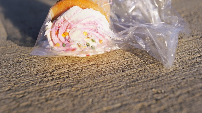 Man Faces Assault Charge After Allegedly Throwing Cupcake at Driver in Road Rage Incident
