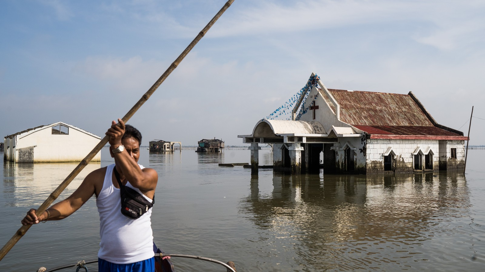 Houses on Stilts, Boats as Transport: What it's Like Living in This Sinking Philippine Town