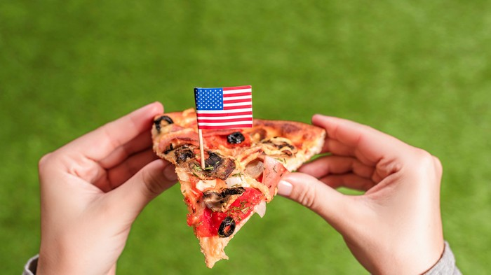 Pizza Chain Apologizes for Posting Pic of Pizza Flag to Remember 9/11