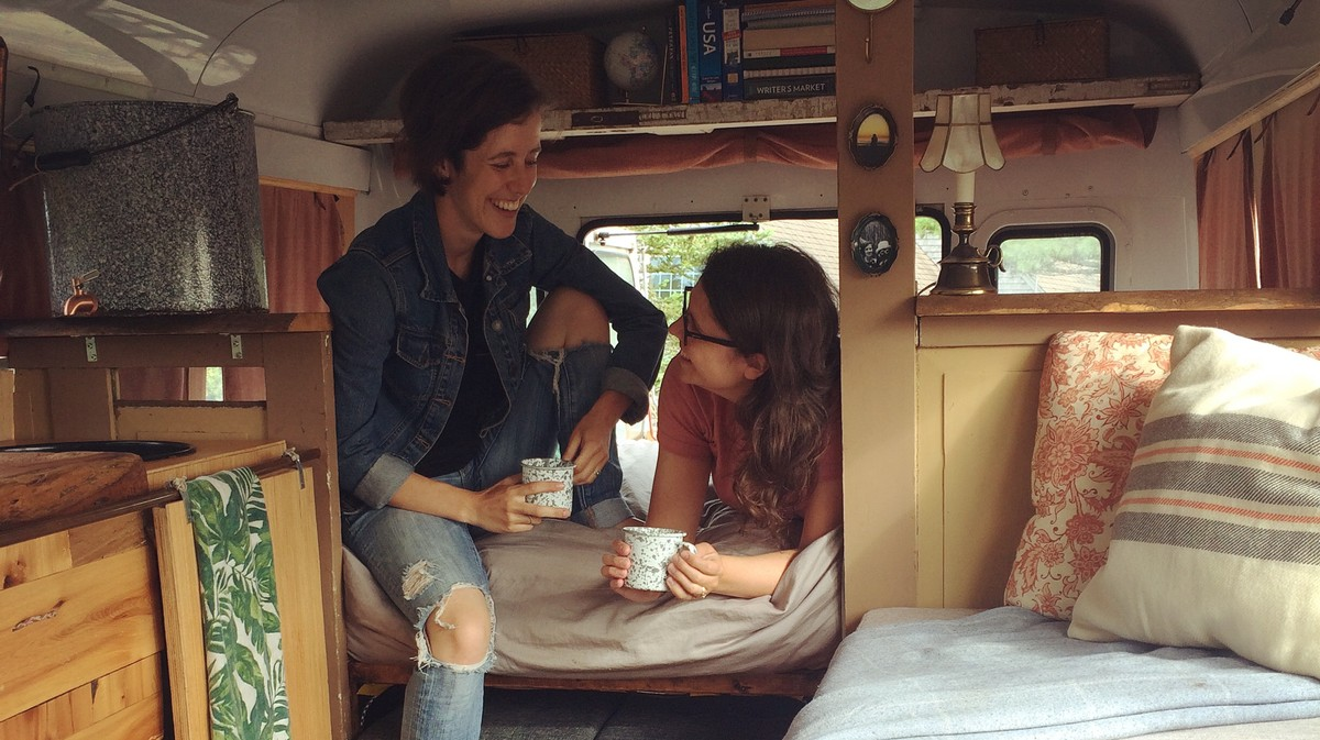 I Love to Poop in a Home Depot Bucket: A Day in #Vanlife Paradise