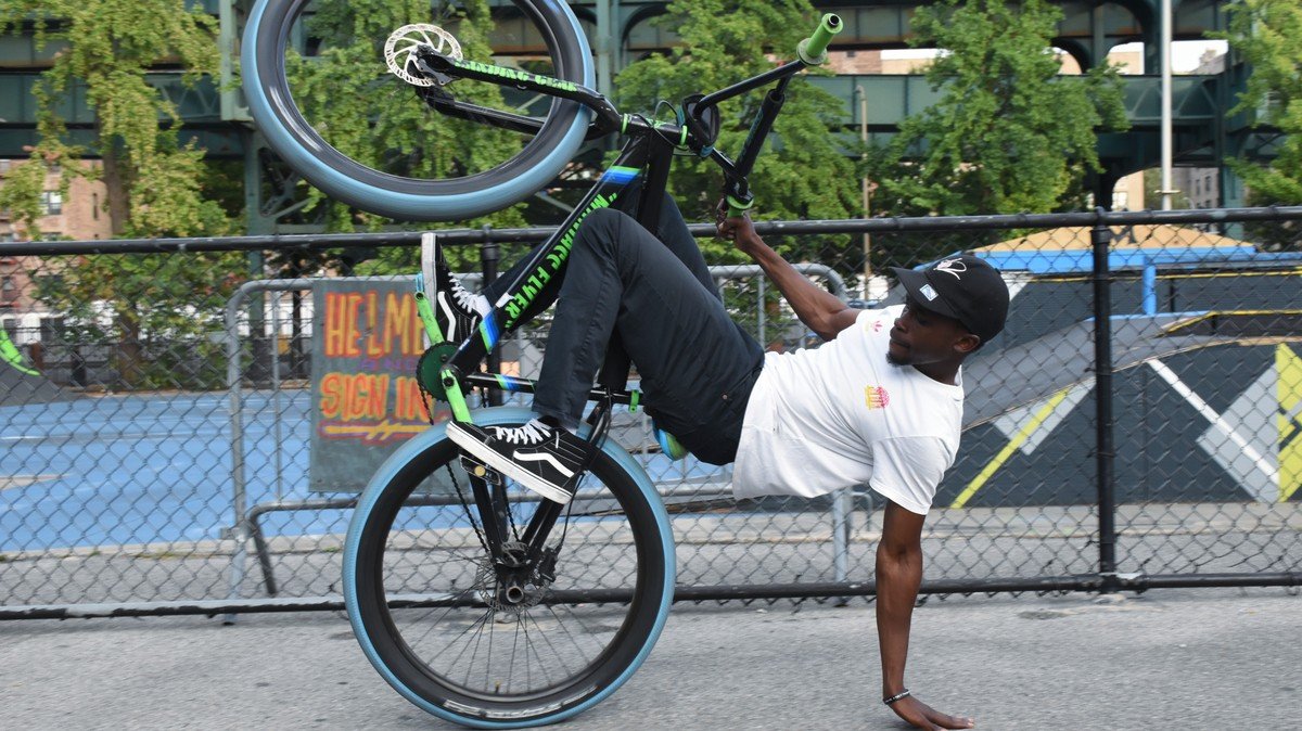 NYC's Thriving Bike Life Scene Is a Brotherhood Bound by Popping Wheelies