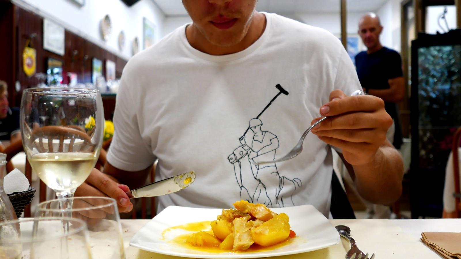 Uno dei migliori stoccafissi d'Italia si mangia davanti la stazione di Ancona