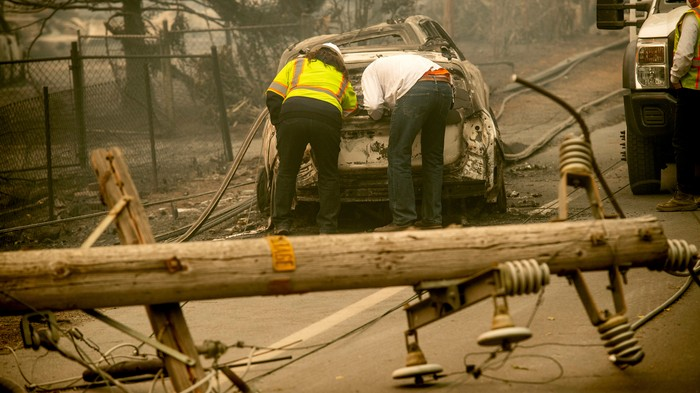 The Company That's Caused California Wildfires Is Cutting Off Power to 2 Million People to Avoid Another One