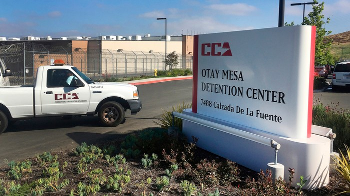 An Immigrant Bleeding from His Eyes, Ears, and Nose Was Treated With Ibuprofen at ICE Detention Center