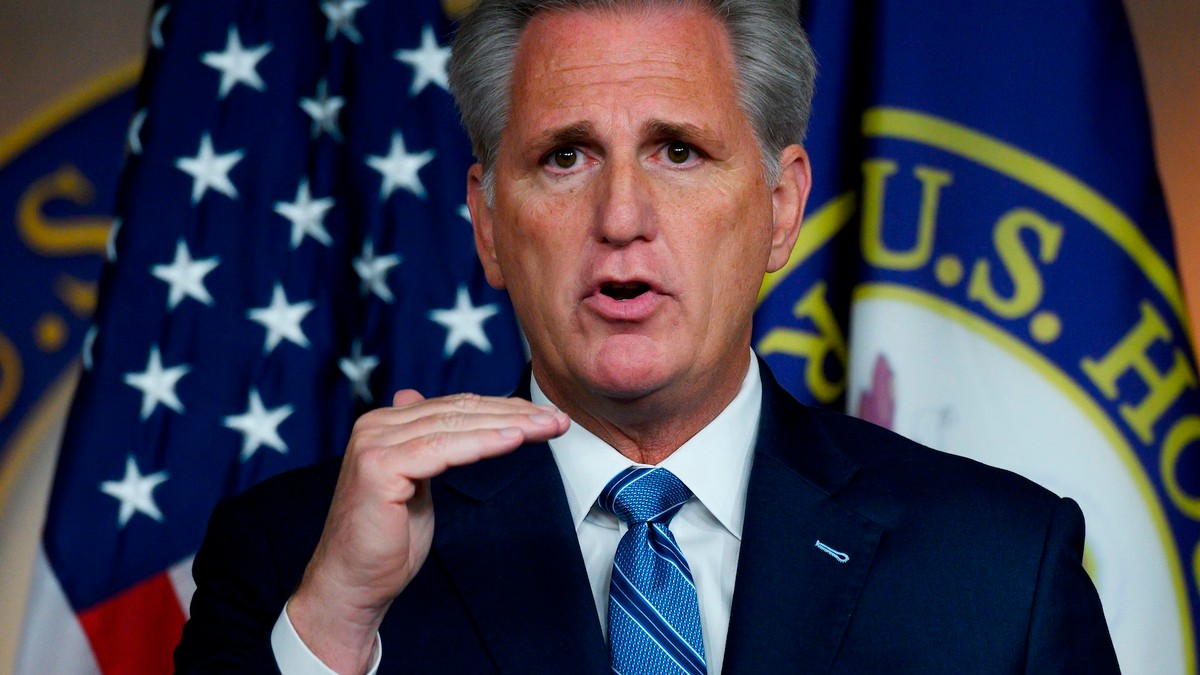 Kevin McCarthy Is Donating the Cash He Took From Rudy Giuliani's Indicted Pals