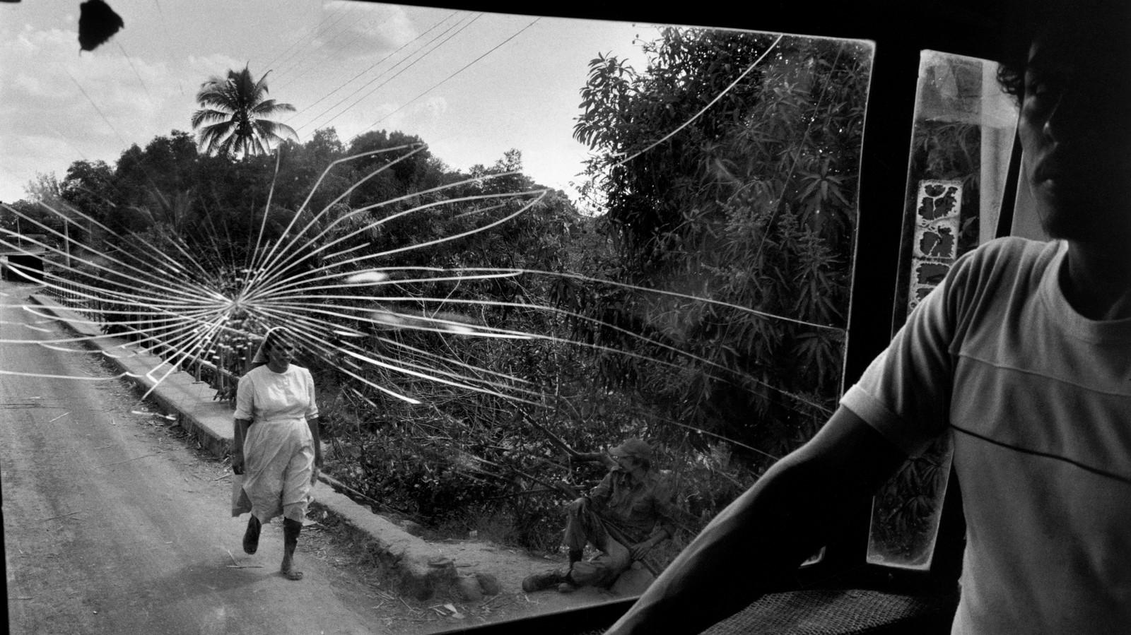 """""""É muito perturbador ser humano hoje em dia"""": Susan Meiselas"""