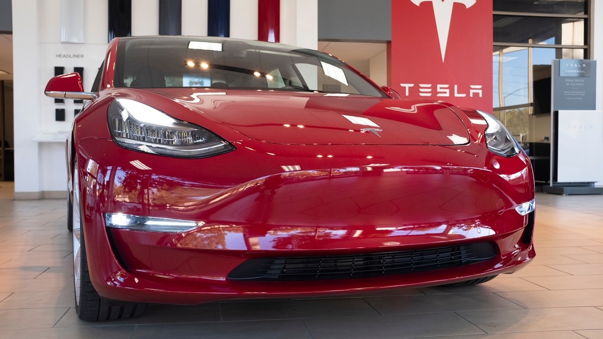 Worn-Out Flash Memory Is Suddenly Bricking Tesla Cars