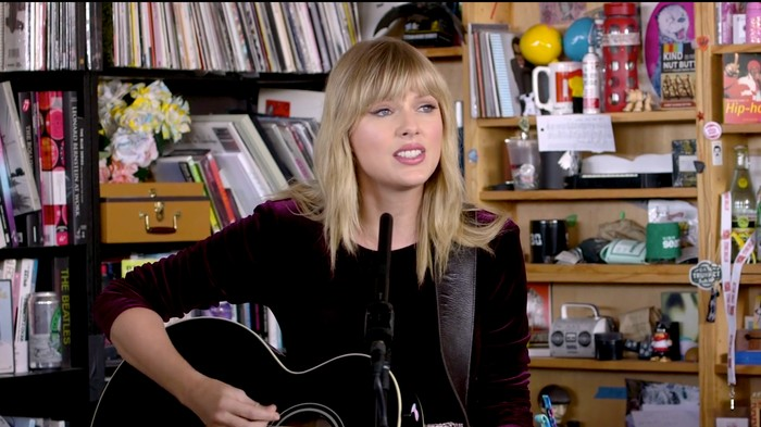 Watch Taylor Swift's Surprisingly Charming 'Tiny Desk' Concert