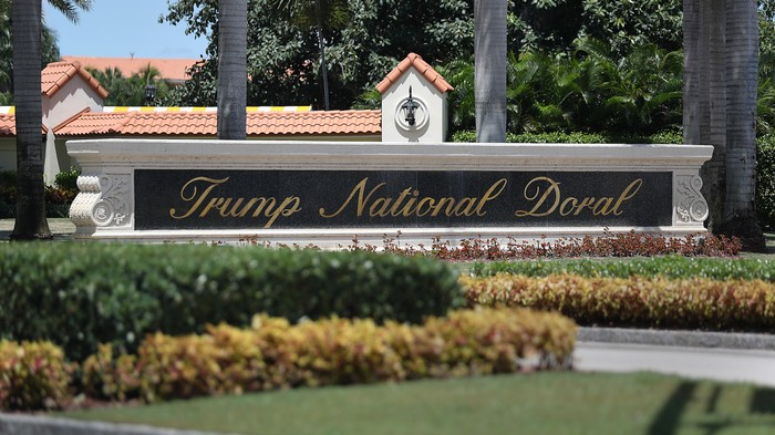 Trump Is Holding the G7 at His Own Golf Resort and Wants Putin to Come