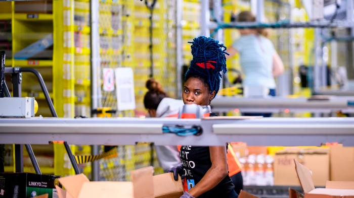 Safety Experts Say Amazon Workers Need a Union