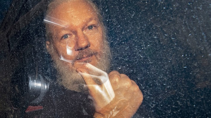 Julian Assange Could Barely Say His Own Name at His Latest Extradition Hearing