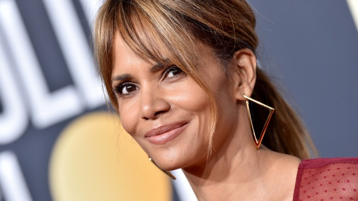 Halle Berry 'Has Abs' and I Have 'Some Concerns' About Beauty Standards