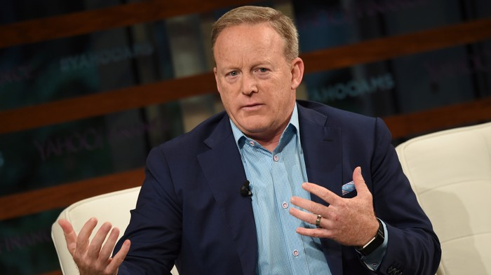 Trump Abandoned Sean Spicer the Second He Was Voted Off 'Dancing With the Stars'