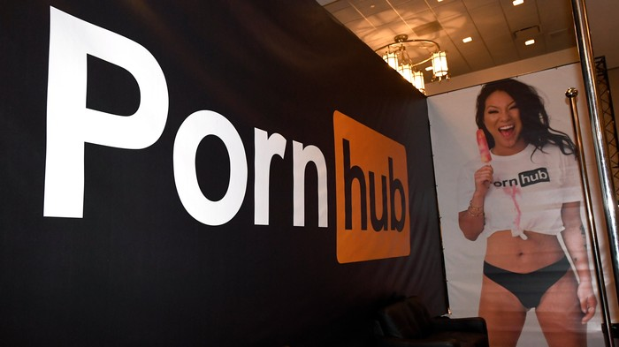 PayPal Pulls Out of Pornhub, Hurting 'Hundreds of Thousands' of Performers