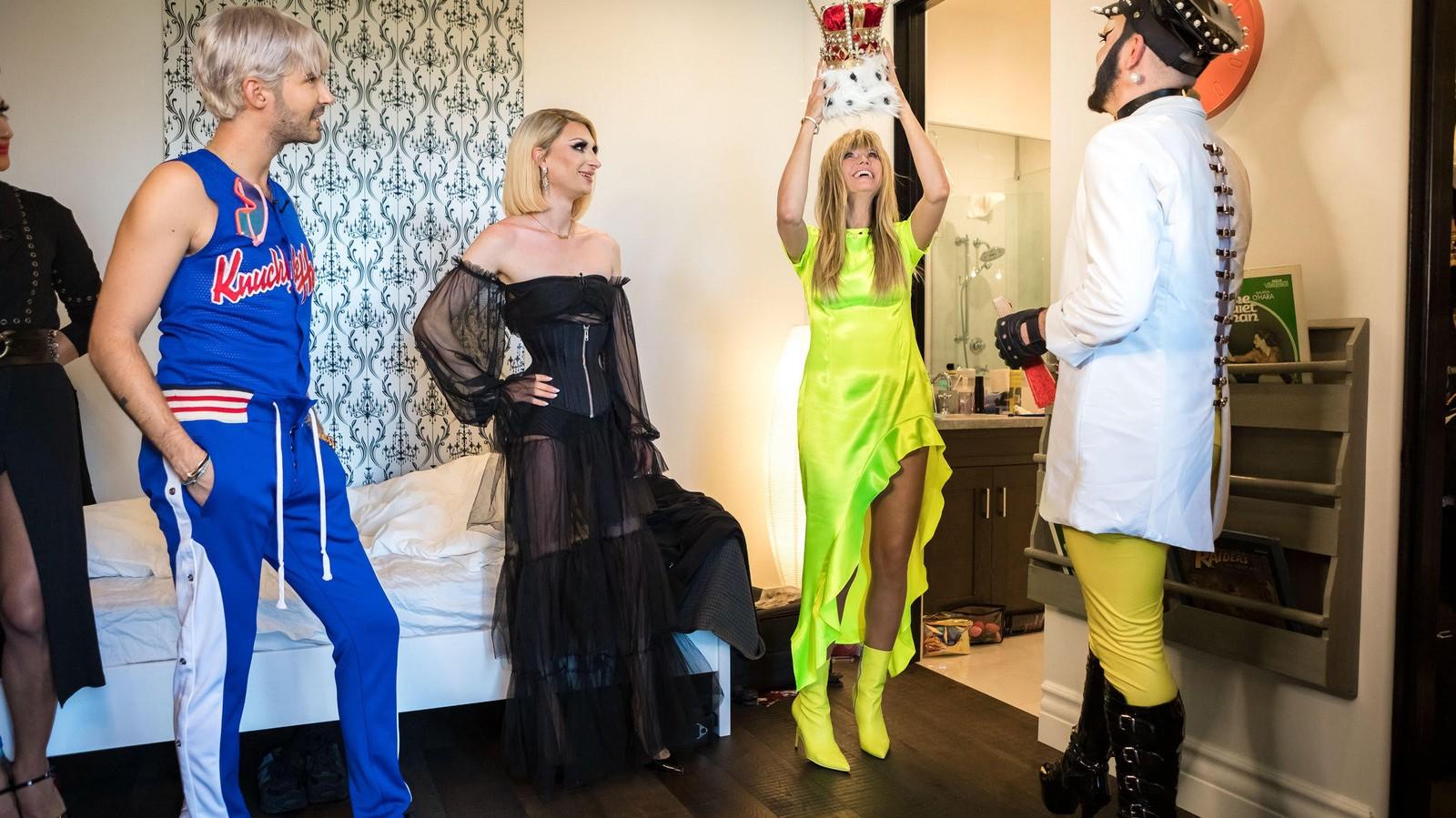 Wir haben 'Queen of Drags' mit Dragqueens geschaut