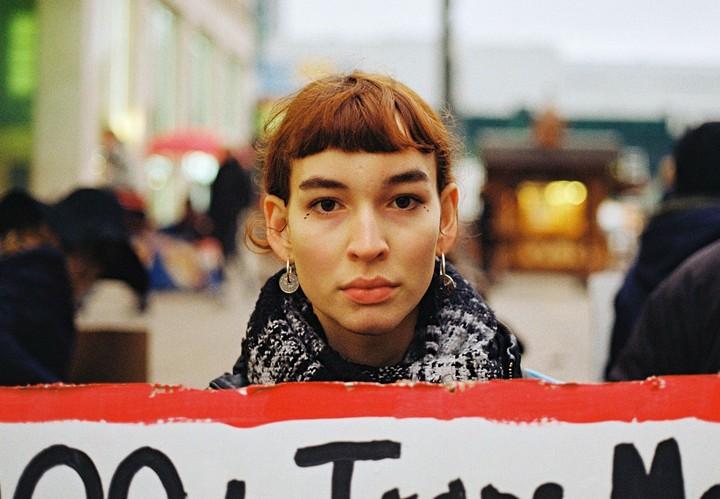 Franka und Anouk kämpfen für die Rechte von Transpersonen
