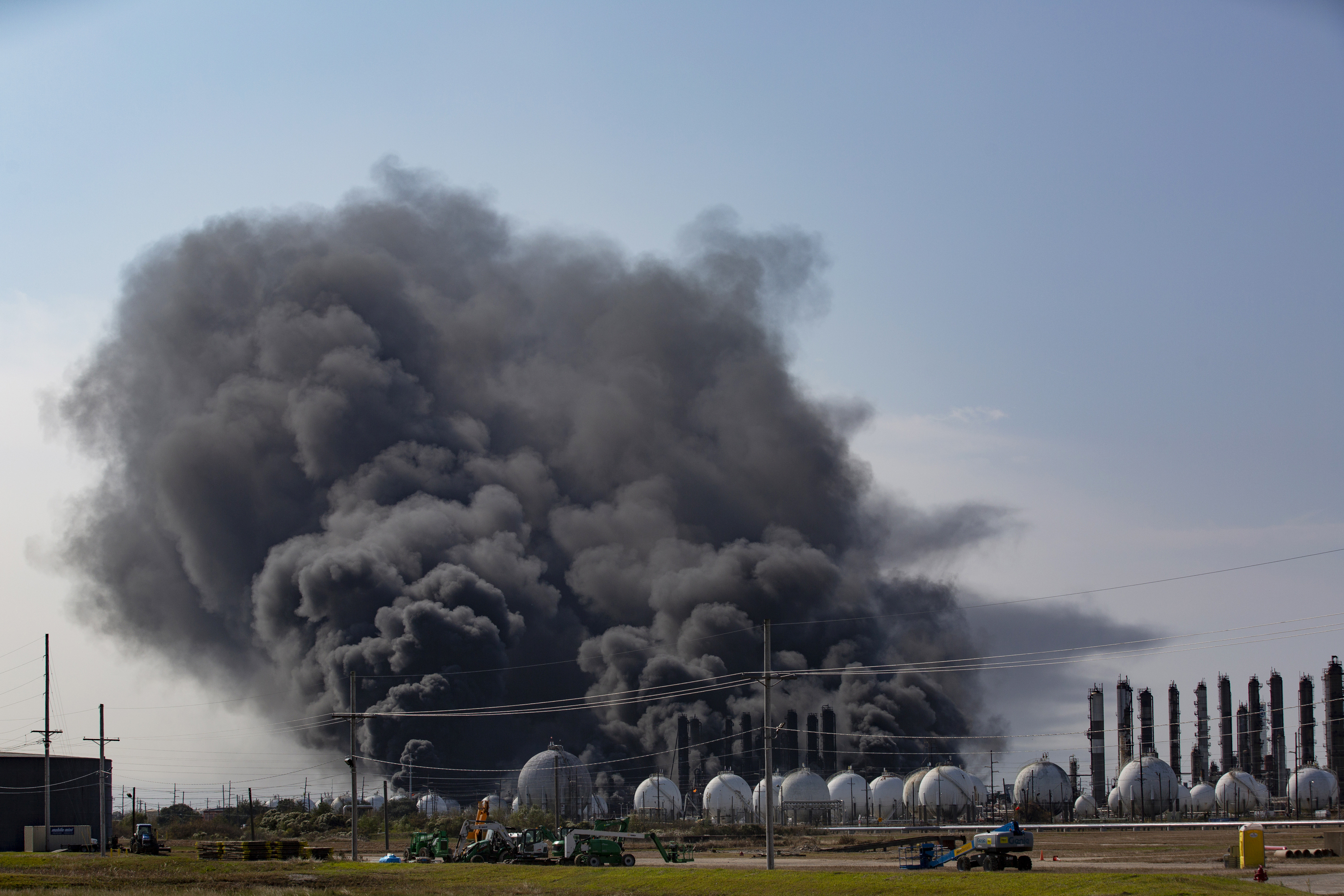 , Videos Show Giant Texas Chemical Plant Explosion That Forced 60,000 People to Evacuate, Saubio Making Wealth
