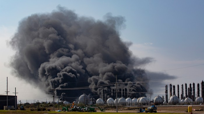 Videos Show Giant Texas Chemical Plant Explosion That Forced 60,000 People to Evacuate