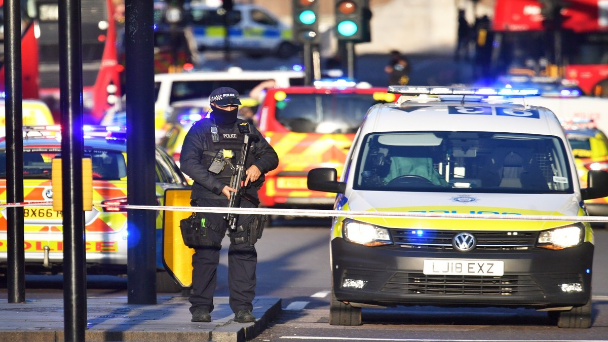 , London Bridge: Two Dead After Being Stabbed by Attacker Wearing Fake Suicide Vest, Saubio Making Wealth