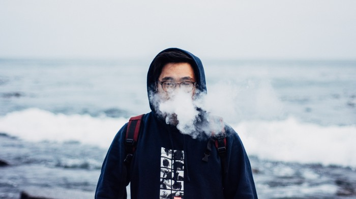 Vape Illness Panic Won't Stop Canada From Rolling Out Legal Vapes