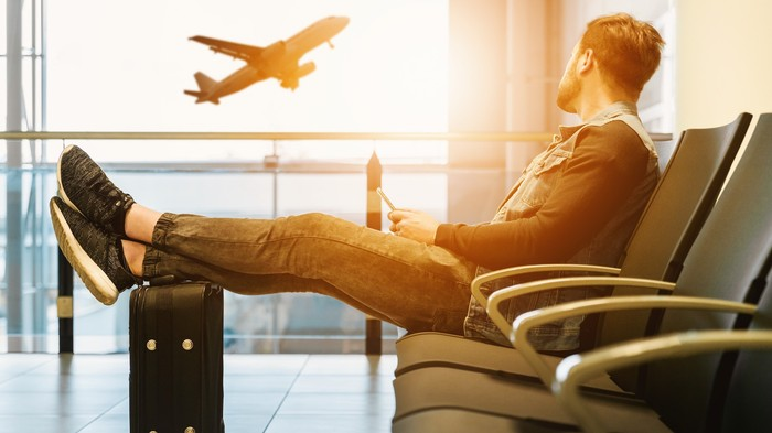 Airlines Now Have to Pay You Up to $1,000 if They Delay Your Flight