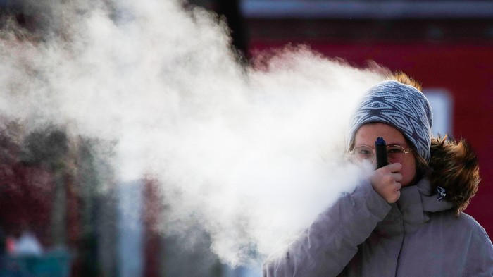 Scientists Tell Everyone to Take Several Seats Over Vaping Panic