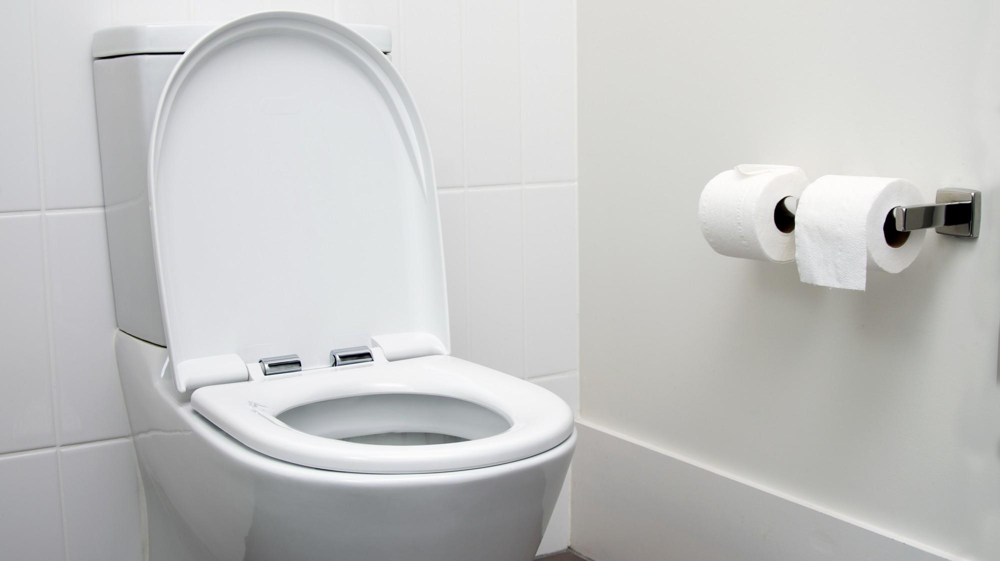 Resultado de imagem para Facebook obriga seus moderadores a logar cada minuto de seus dias trabalho - até idas ao banheiro