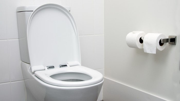 Bij Facebook houden ze zelfs bij hoelang hun moderators naar de wc gaan