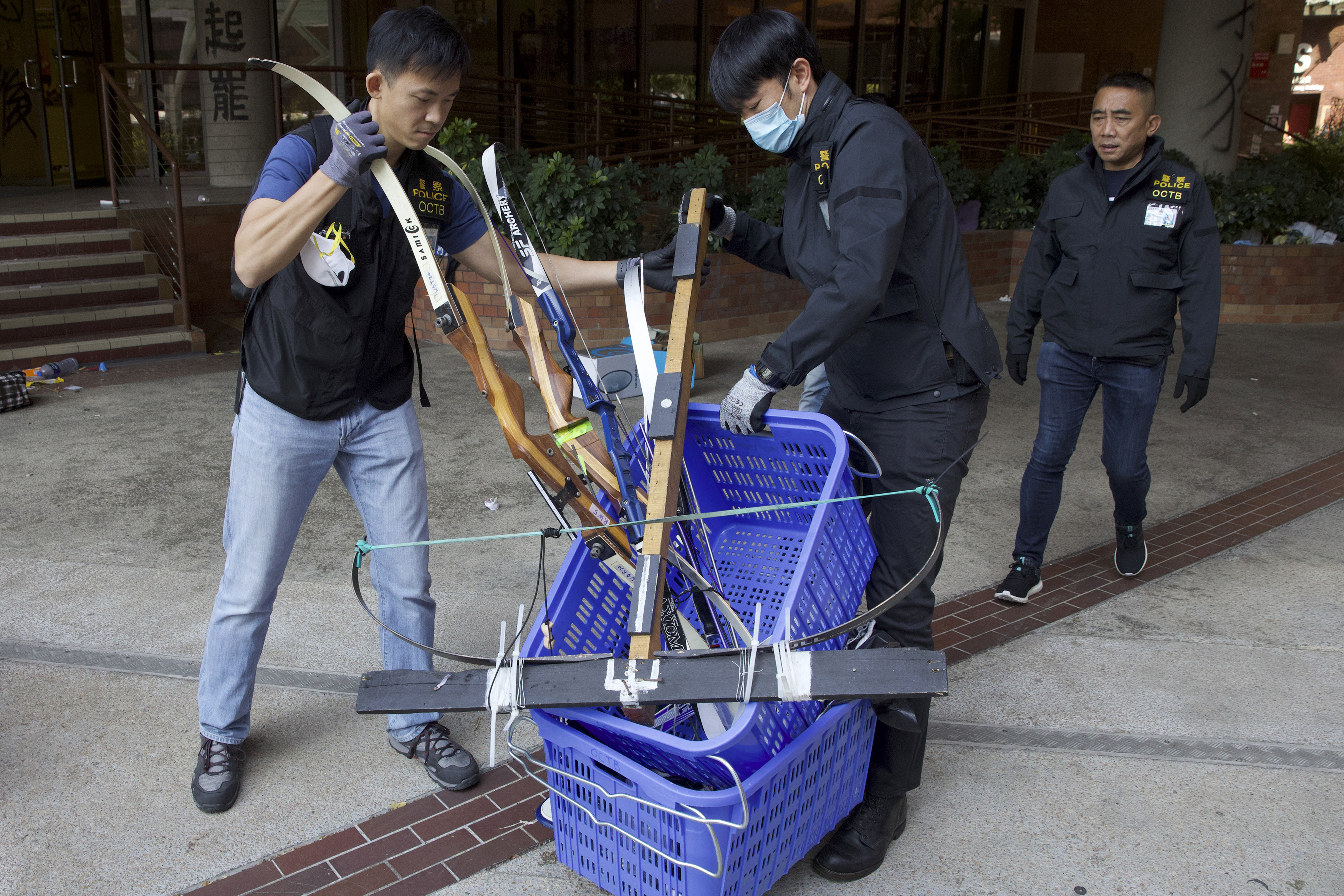 , Hong Kong Police Just Seized $9 Million and a Bunch of Arrows From Pro-Democracy Protesters, Saubio Making Wealth