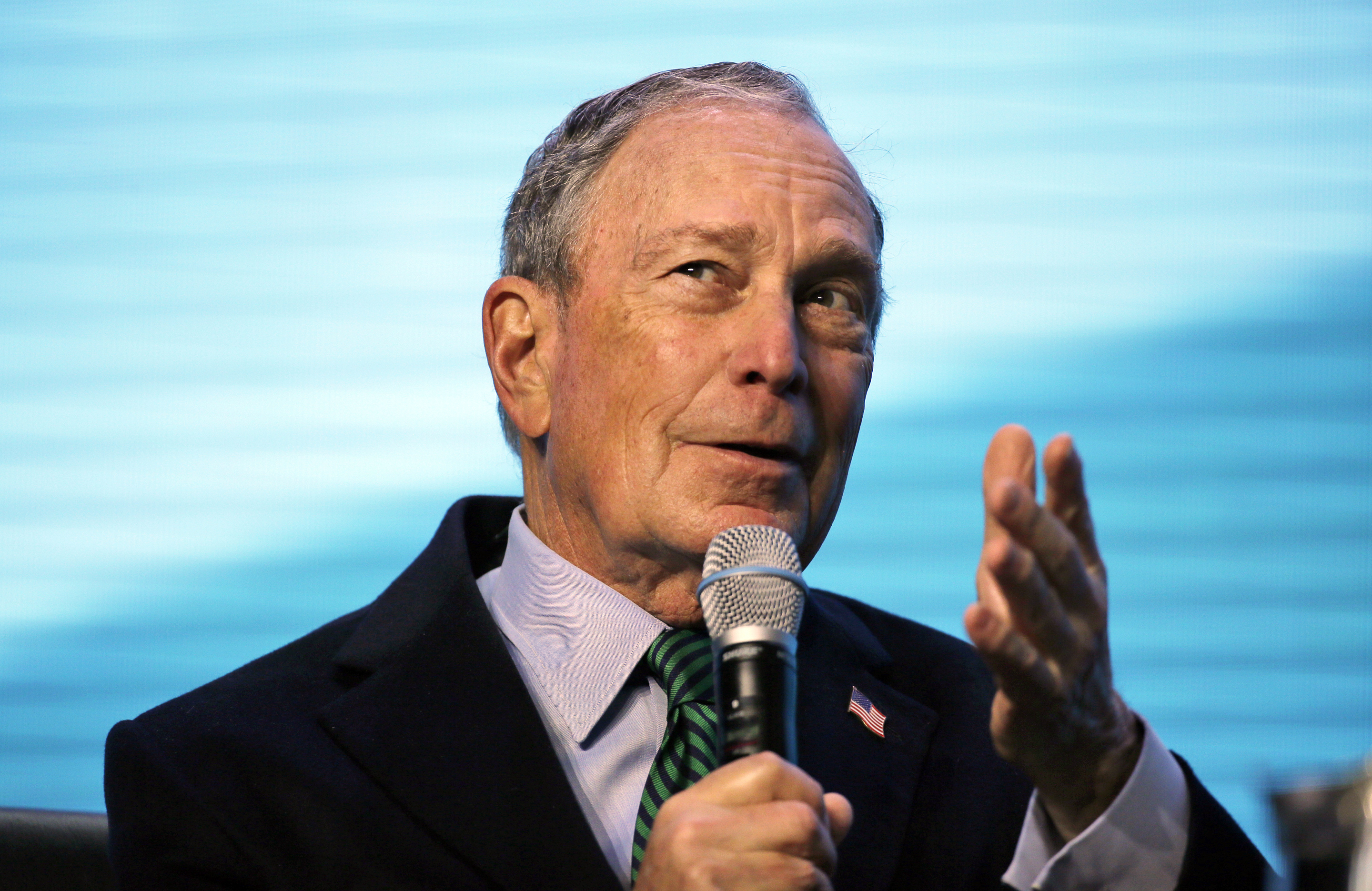 , Michael Bloomberg Is Spending 'Insane' Money to Own Trump Online. Literally., Saubio Making Wealth