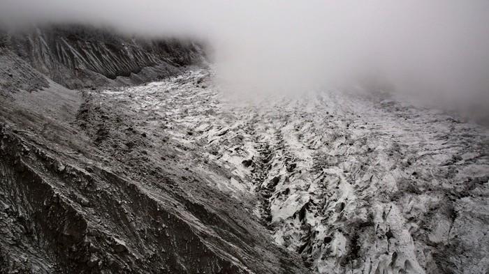 Des scientifiques ont découvert d'anciens virus dans un glacier