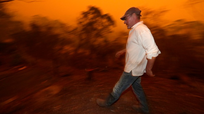 "3 Australia Wildfires Officially Just Merged into a ""Mega-Blaze"""