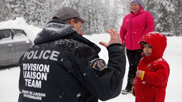 RCMP Are Blocking Entry to Wet'suwet'en Land