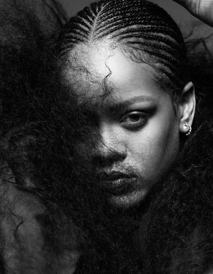 Introducing... Rihannazine