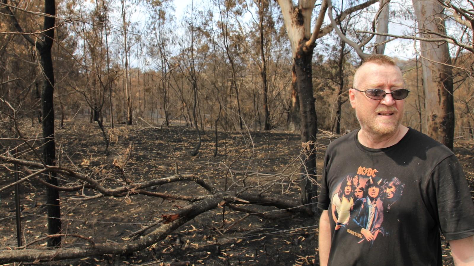 Bushfire Survivors Describe What it's Like Fighting Flames From Your Door