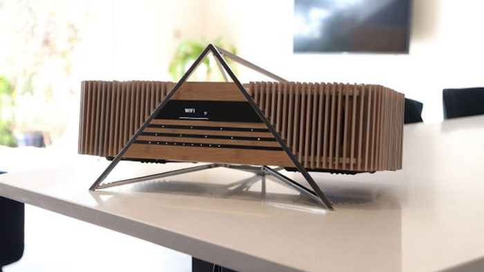 Instead of a $1,400 Stereo That 'Sounds Analog,' Just Buy a Record Player