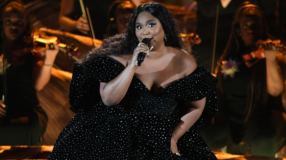We Should Thank Lizzo For Bringing Ballerinas in Durags to the Grammys