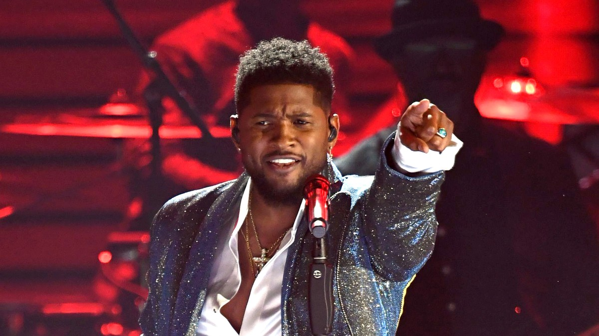 Usher Emulates Prince During Randomly Timed Grammys Tribute