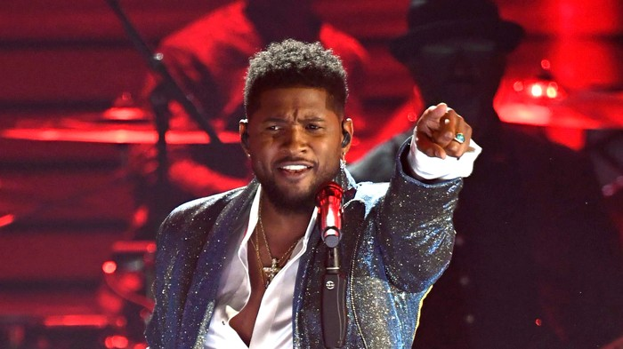 Usher Emulates Prince During Randomly Timed Grammys Tribute