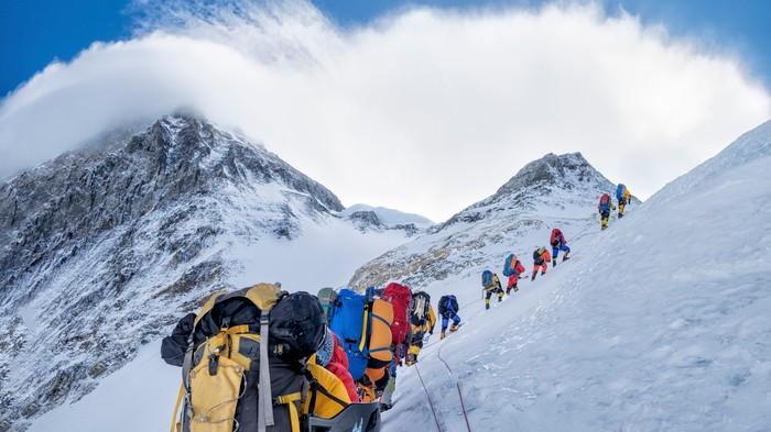 Mount Everest Is a Poo-Covered Death Trap, So Climbers Are Speedrunning It
