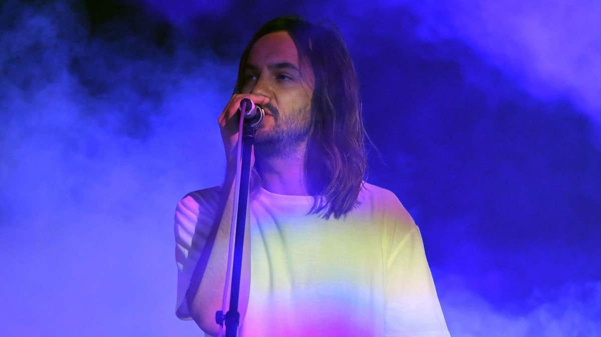 Tame Impala Has Pop Aspirations That Do Not Make Good Sense thumbnail