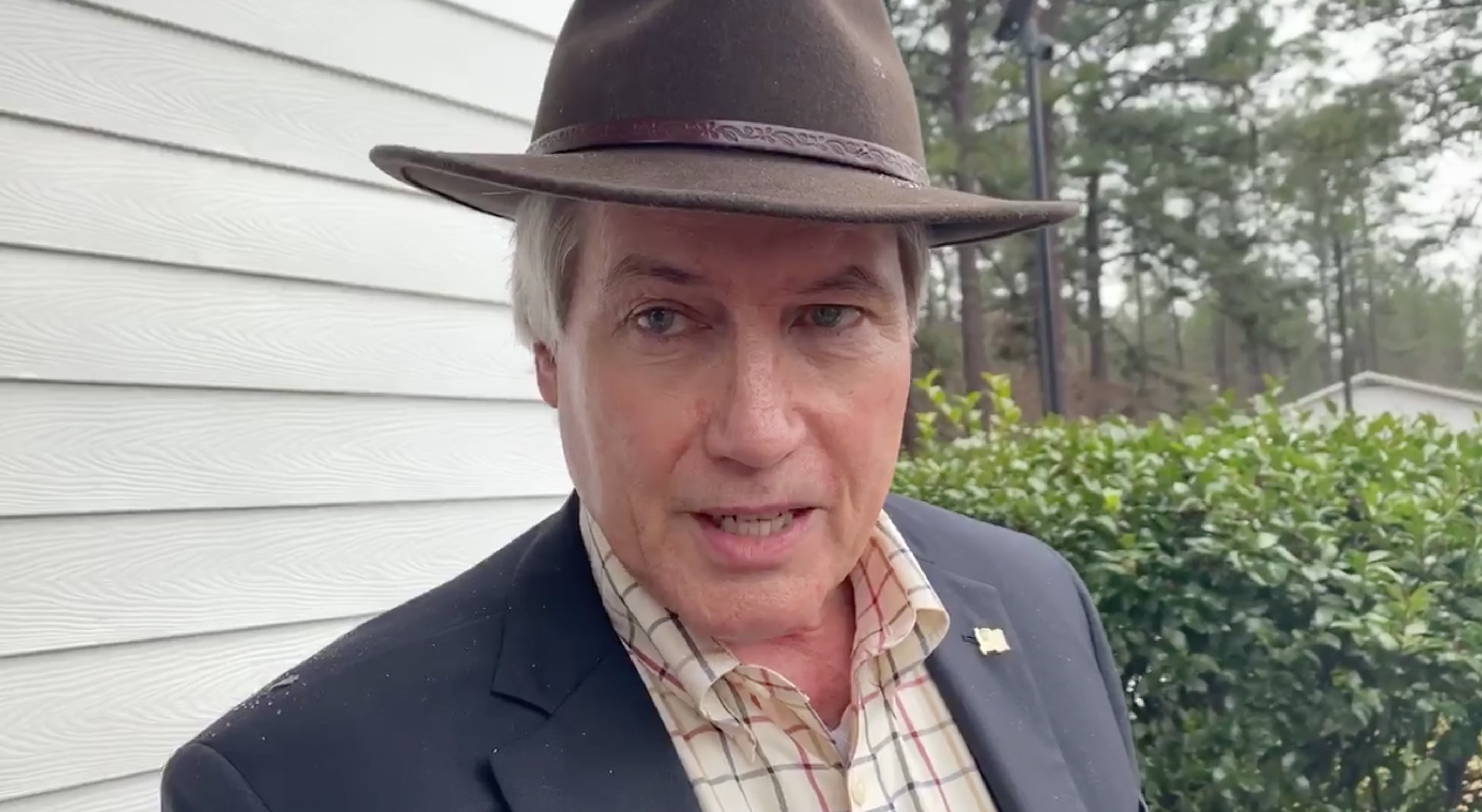 , Lin Wood Doxed Georgia Officials to Hundreds of Thousands of QAnon Supporters, Saubio Making Wealth