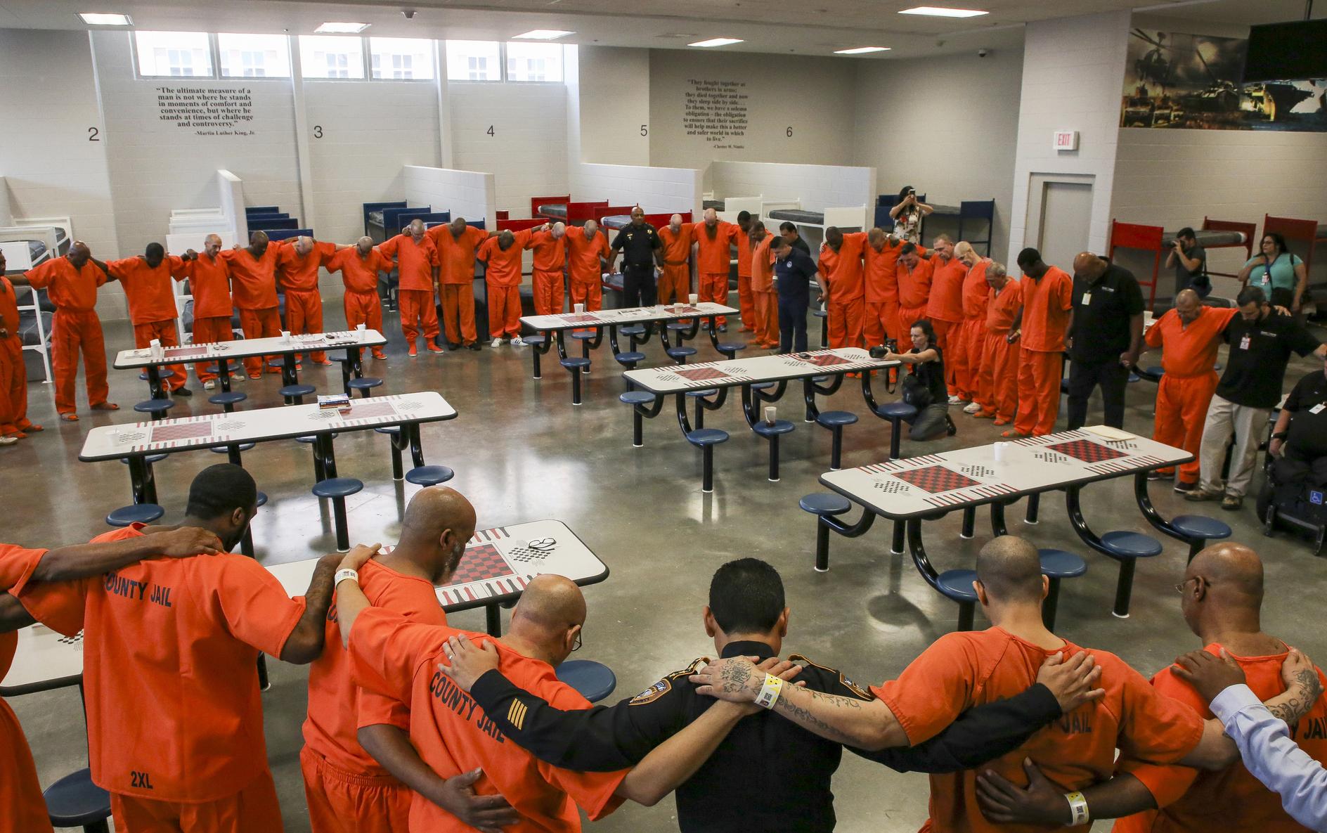 , Texas Jails Were Freezing and Smelled Like Urine, Saubio Making Wealth