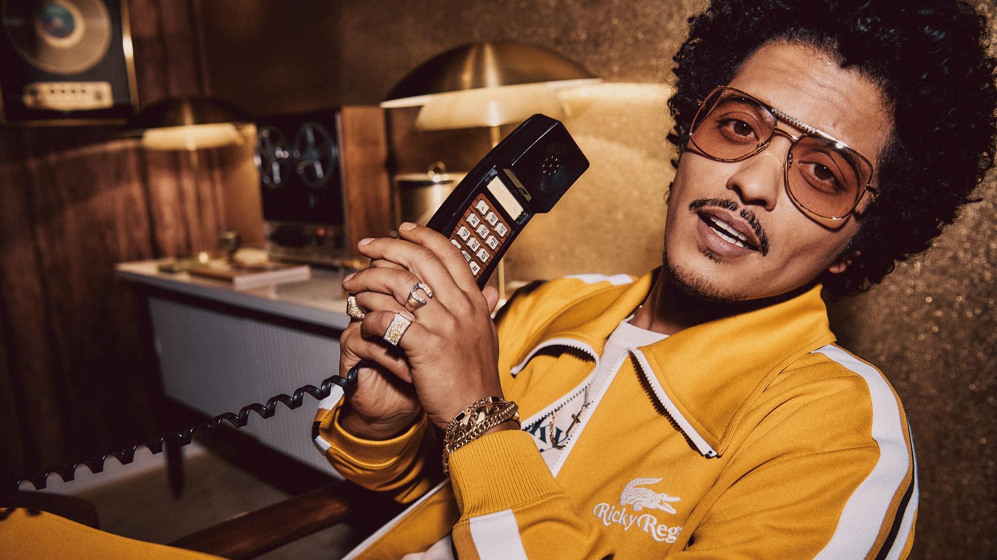 Bruno Mars x Lacoste: scopri la nuova collezione lifestyle - i-D