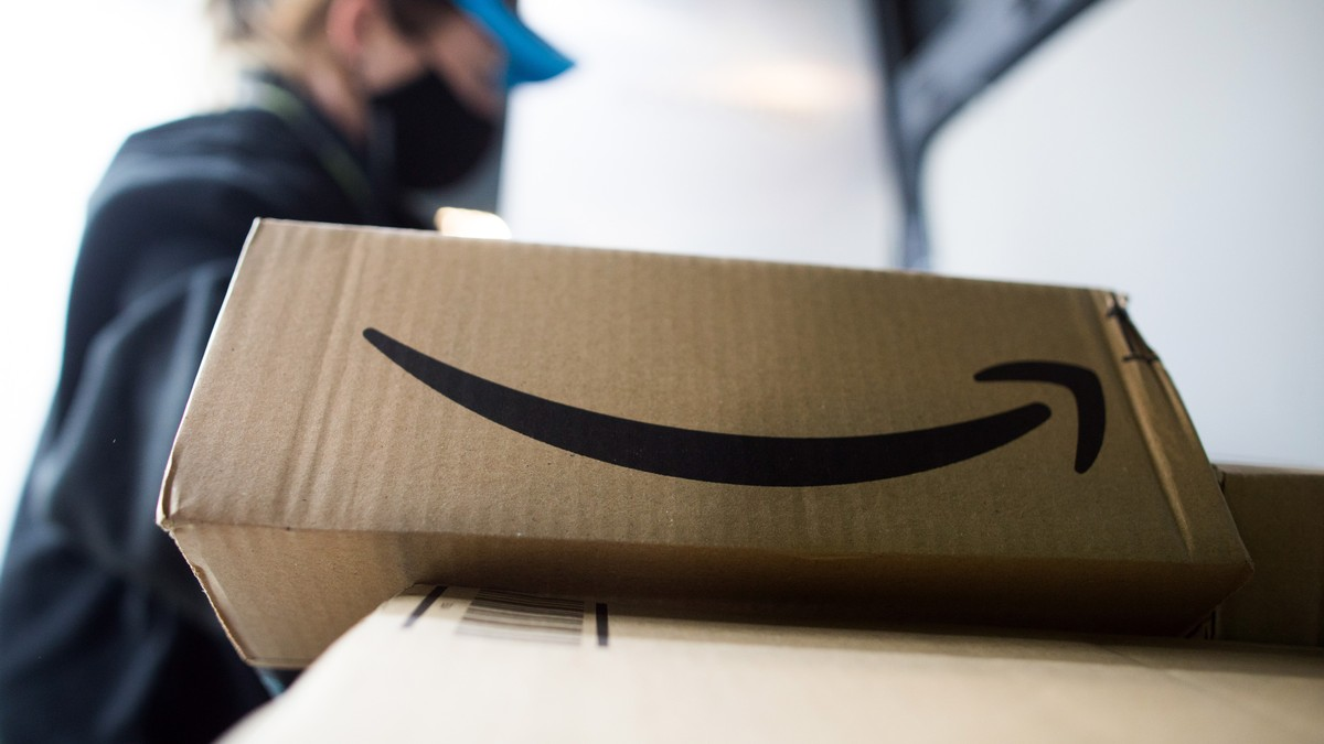 Amazon Keeps Getting Sued for Paying Drivers Less Than Minimum Wage